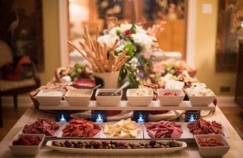 Picking the Right Catering Service for Corporate Events